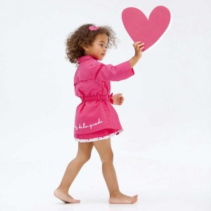 Shop-Look-AGATHA-RUIZ-DE-LA-PRADA-Girls-Pink-Trench-Coat-with-Heart-Buttons-300x300